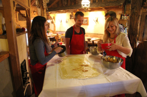 apple strudel, cooking school, edelweiss, salzburg, sound of salzburg, dinner show